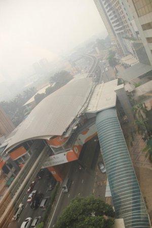Melia Kuala Lumpur: view from lift