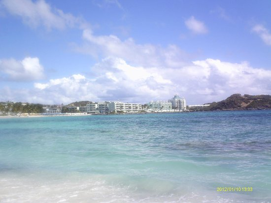 Beautiful Oyster Bay Beach Resort