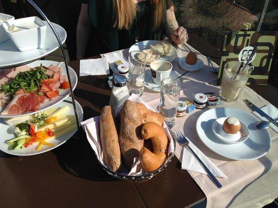 Aiola Upstairs: Das Frühstück für zwei