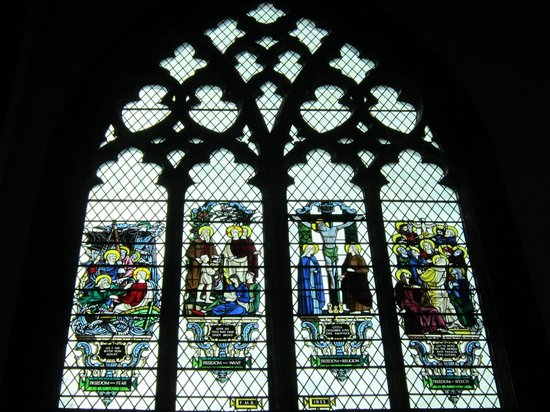 Holy Trinity Church: Stained glass showing the 4 freedoms