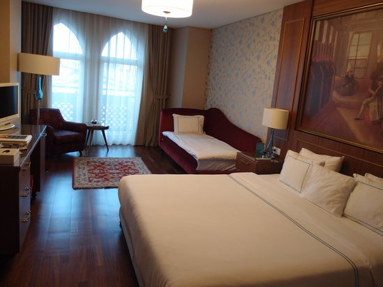 Neorion Hotel: 502, triple room