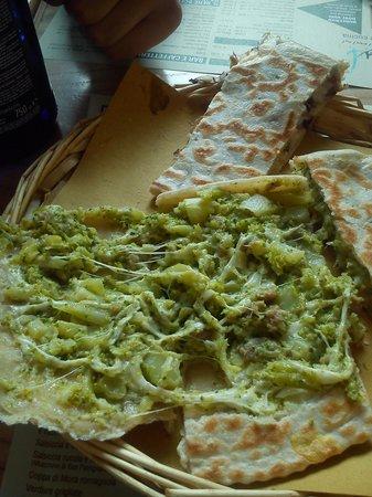 Nud e Crud : Piadina con soli broccoli