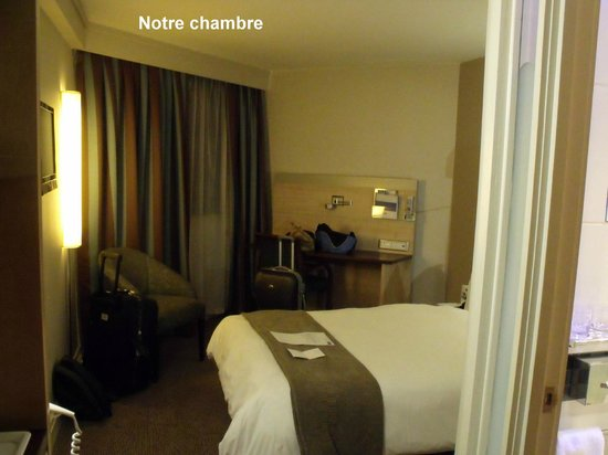 Holiday Inn Express Pretoria-Sunnypark: La chambre