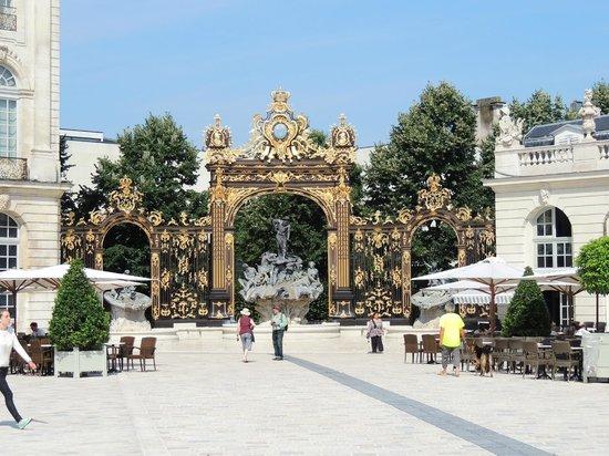 Place Stanislas : Золото сияет на солнце
