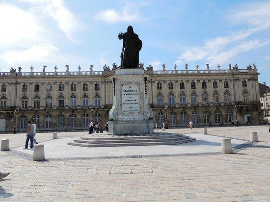 Place Stanislas : панорама площади