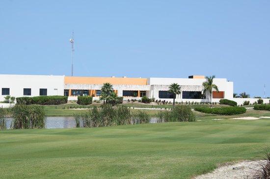 Riviera Cancun Golf: Le Club House