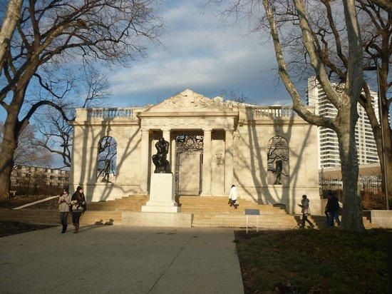 Rodin Museum Exterior