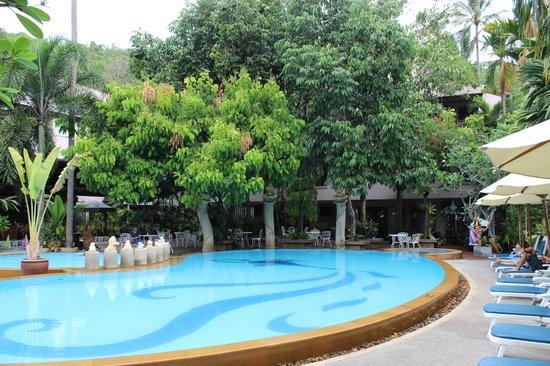 Aonang Princeville Resort: Pool Area