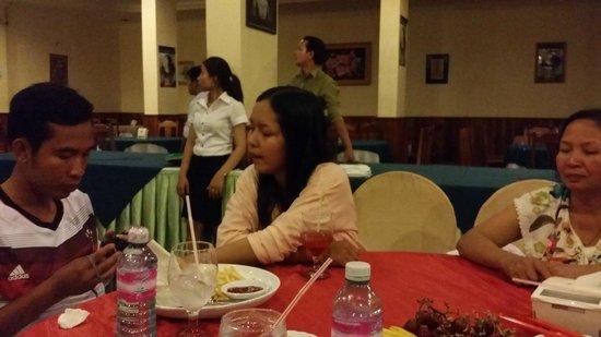 The Khemara Battambang I Hotel : Last Family Dinner