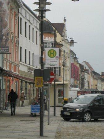 Hotel Gasthof Hottl : piazza principale