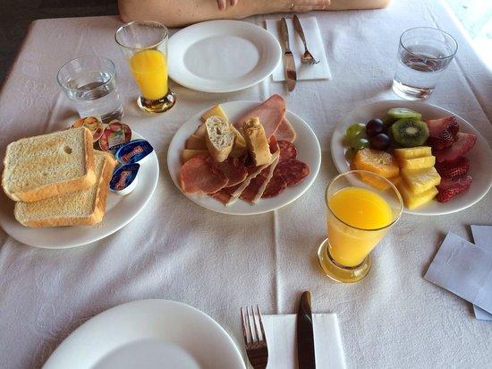 Hotel & Spa Etxegana: Desayuno