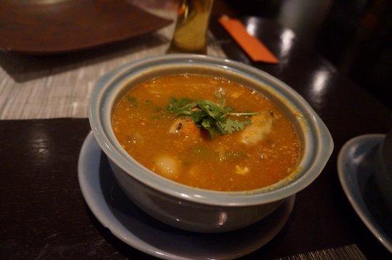 Thai on 4: トムヤムクン! レモン風味であっさり。