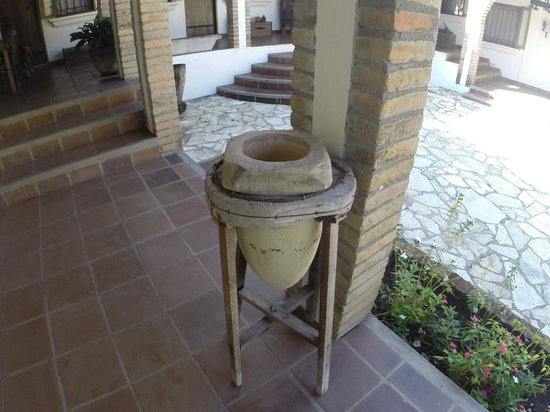 Hacienda la Esperanza: Antique water filter 100+ years old