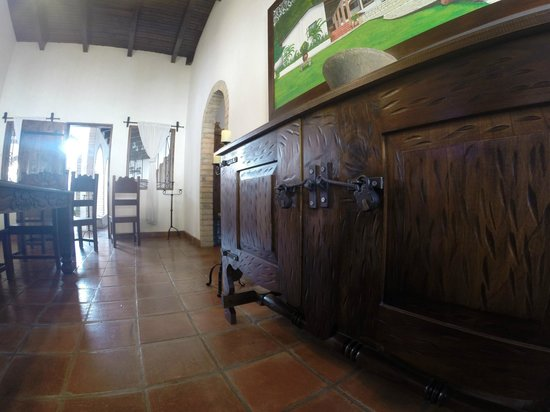 Hacienda la Esperanza: Some of the many period furnishing in the Hacienda.