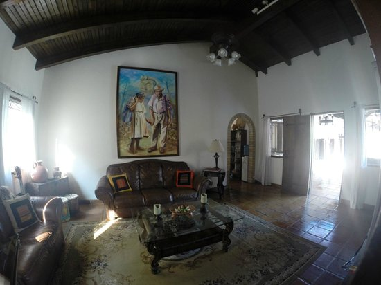 Hacienda la Esperanza: Recreation room for all guests