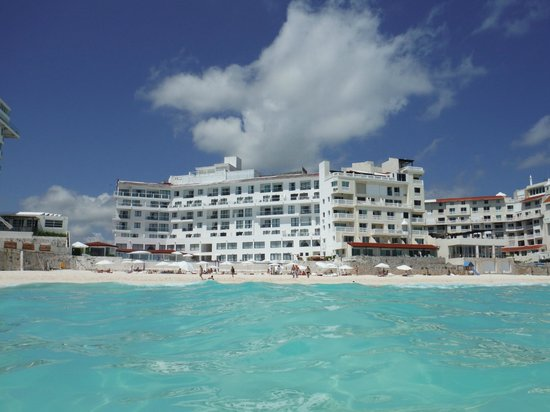 Bel Air Collection Resort & Spa Cancun: View of the Hotel from the ocean