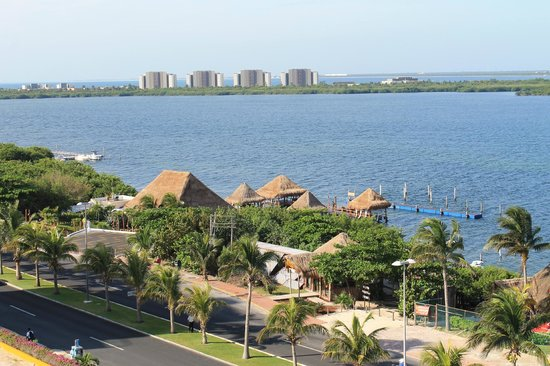 Bel Air Collection Resort & Spa Cancun: View of the Lagoon and highway