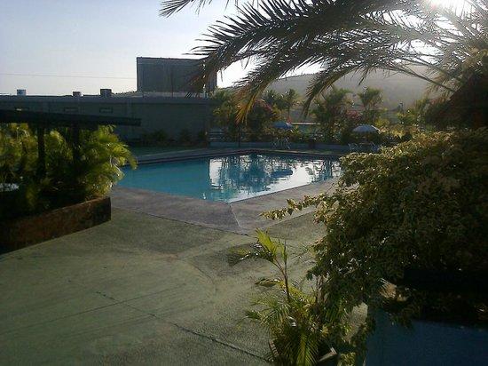 Hotel Gran Sabana : área da piscina