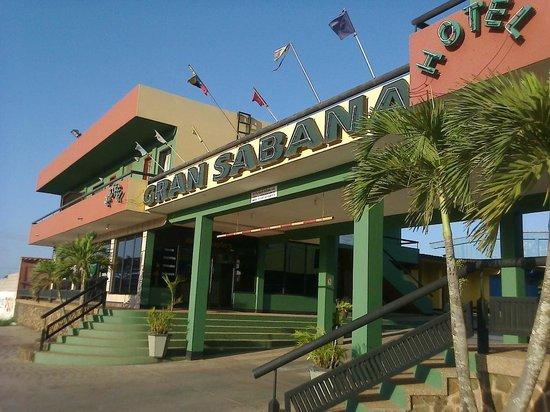 Hotel Gran Sabana : fachada