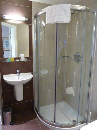 Shower roomtoilet Picture of Jenkins Hotel London TripAdvisor