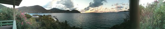 Frenchmans: Sunrise panorama from Avacado