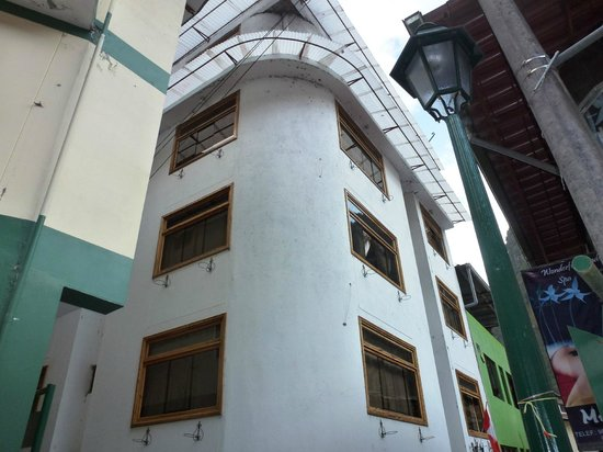 Royal Inti Inn: Fachada