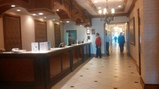The Grand Hotel: Font Desk
