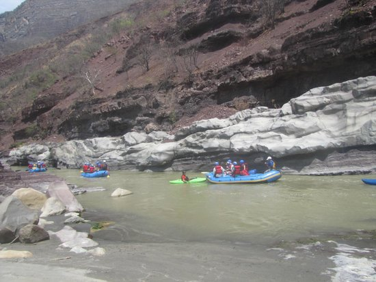 Colombia Rafting Expediciones: Rio chicamocha one day