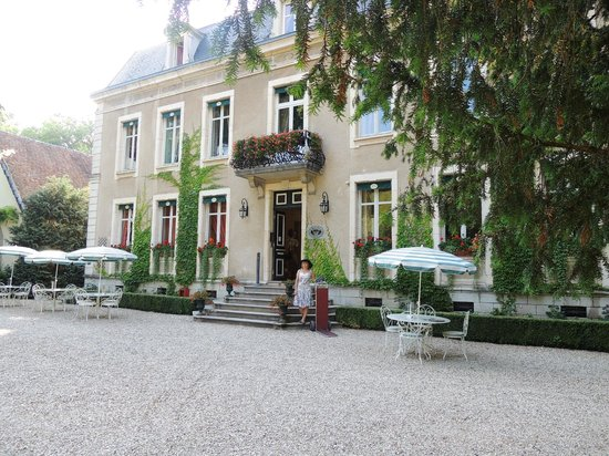 Chateau de Challanges: Отель
