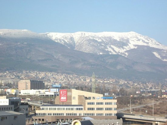 Holiday Inn Sofia : View from room 521