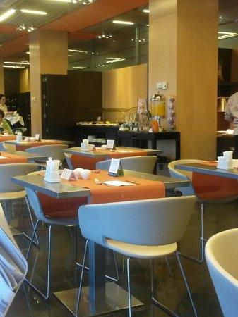 NH Madrid Las Tablas: Buffet