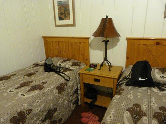 Bright Angel Lodge : room