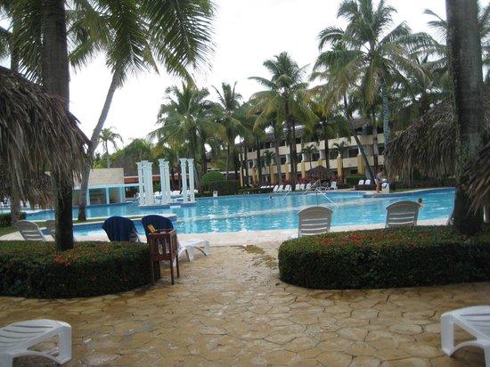 Iberostar Costa Dorada: The pool area