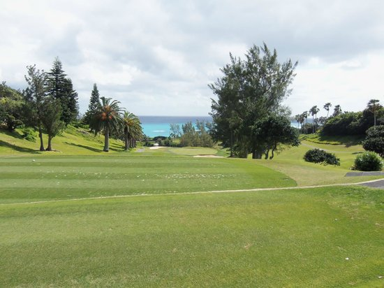 Fairmont Southampton : View from the 1st Tee of the Fairmont Golf Course
