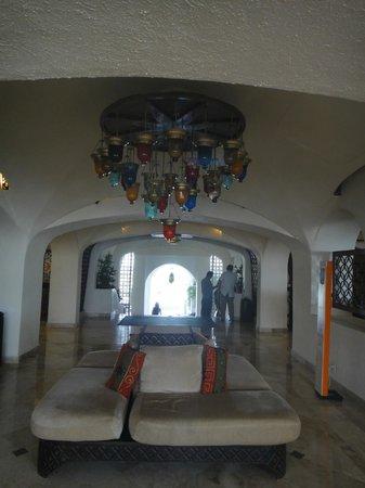 GR Caribe by Solaris: Hotel Lobby