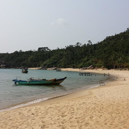 Cham Island Diving : The beach where to relax after lunch