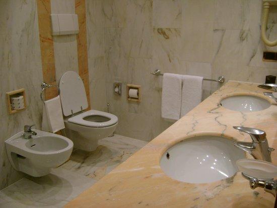 Internazionale Hotel : Room 125 bathroom