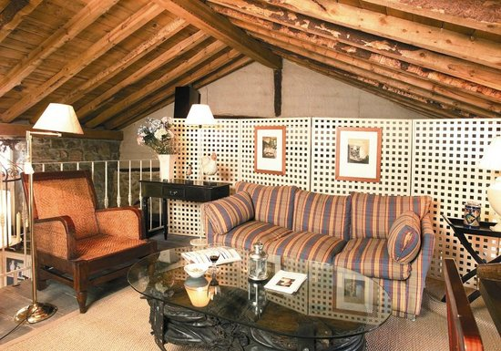 Casa Rural La Abubilla: Salón de lectura