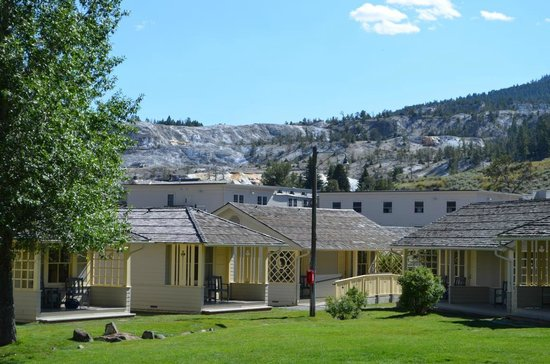 Mammoth Hot Springs Hotel & Cabins: Aussicht