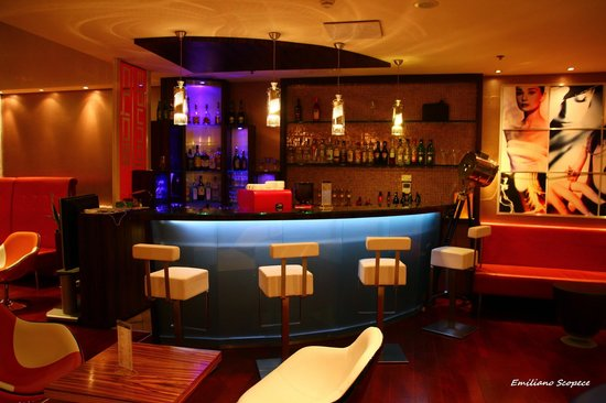 Soho Boutique Hotel: Drink Bar in the lobby