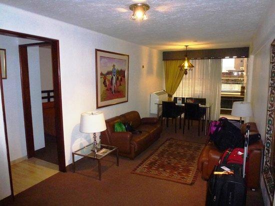 El Condado Miraflores Hotel & Suites : Departamento