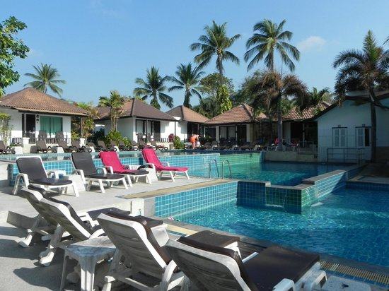 Chaweng Cove Beach Resort: Piscina