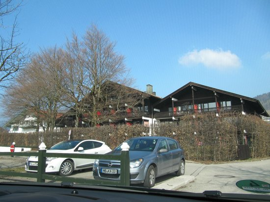 Bachmair Hotel am See: The parking lot and Seehaus