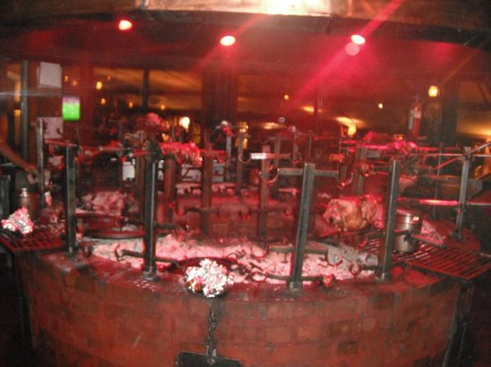 The Carnivore Restaurant: parilla