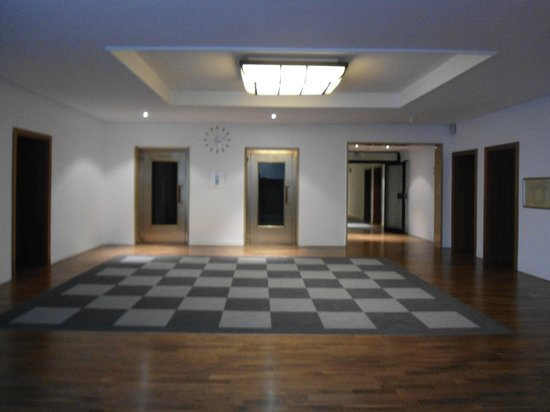 Leonardo Royal Hotel Mannheim: Flur
