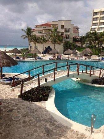 Grand Park Royal Cancun Caribe: pool