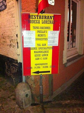 Bodega Lorena's: Look for the sign from Simon Stevinplein