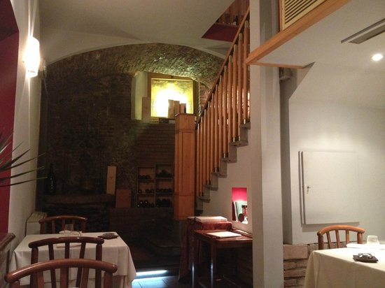 Ciacco : Main downstairs dining room