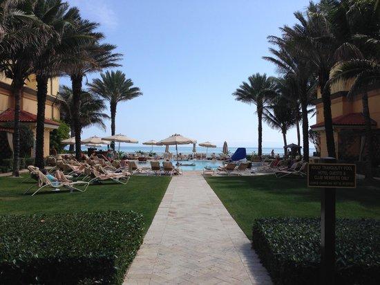 Eau Palm Beach Resort & Spa: The tranquility pool
