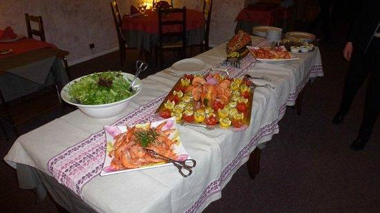 Hotel Adret: Buffet gambas et saumon